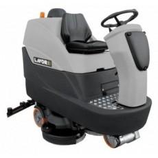 Поломоечная машина с сиденьем оператора LavorPRO Comfort M102